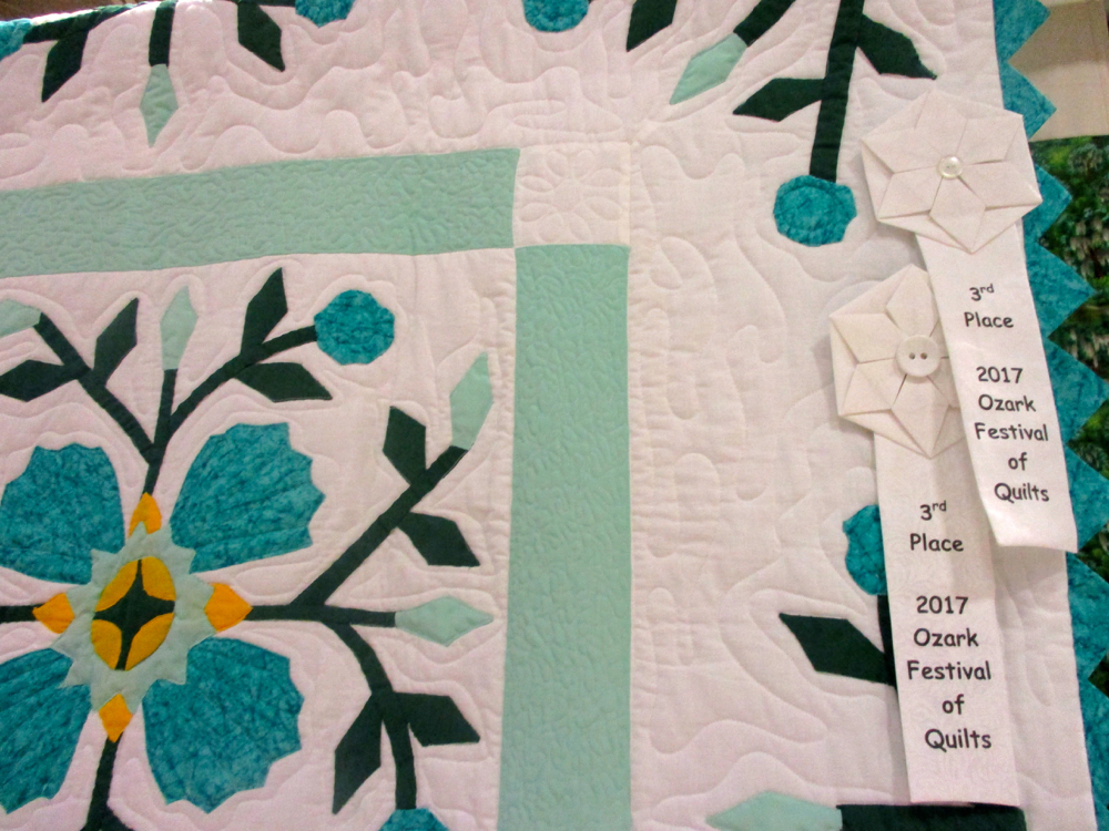 Another surprise, this is an award-winning handmade quilt, (Photo by Charlotte Ekker Wiggins)