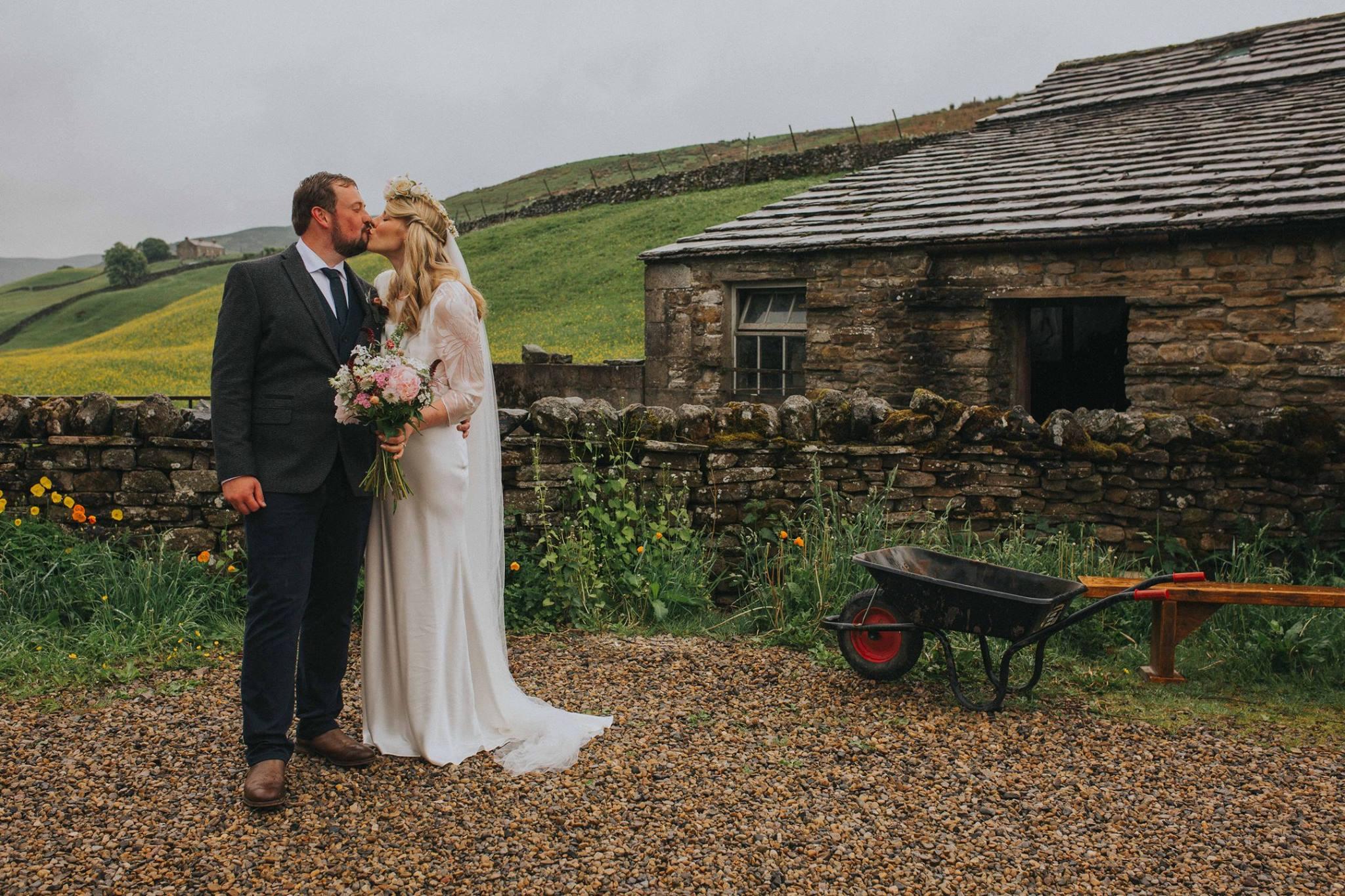 yorkshire dales diy marquee wedding