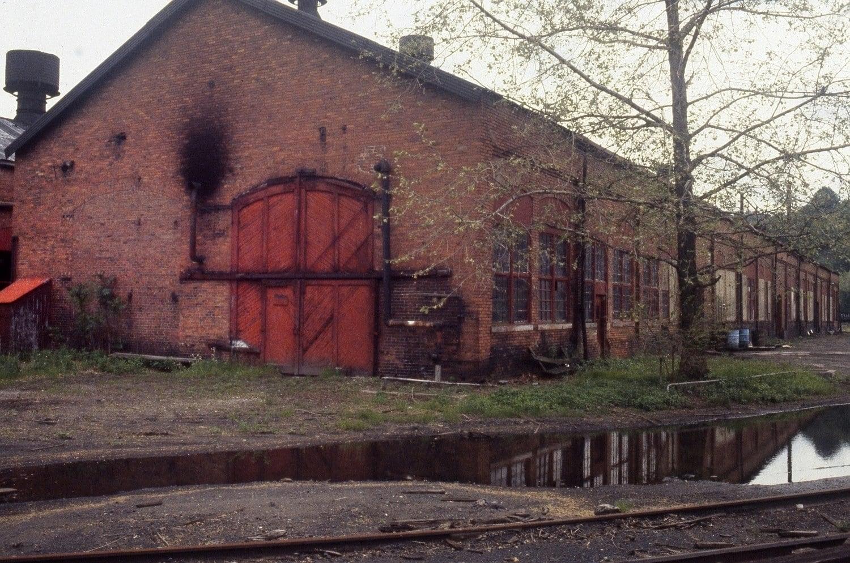 June 1983 Montour Junction Engineer House.jpg