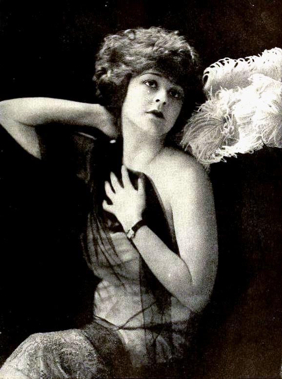 Frankie Mann - Nov 1919.jpg