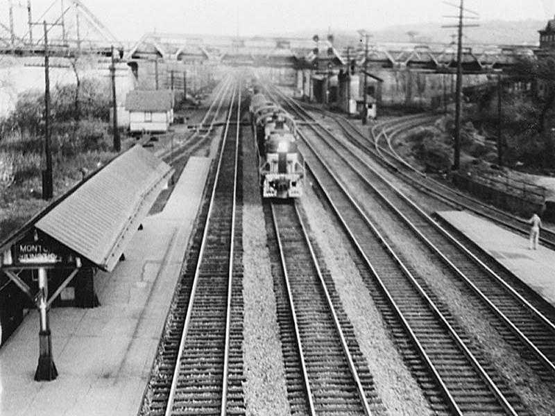 Coraopolis-Pa-Montour-Junction-Train-Station-Montour-Street.jpg