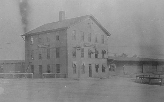 Pennsylvania RR Passenger Station & Freight House - This was located on the south side of West Washington Street between South Front Street and the river. Problems: Wrong railroad. ENORMOUS - there's no way a building of this size would be in financial scope of the price. No common architectural features. Wood structure.