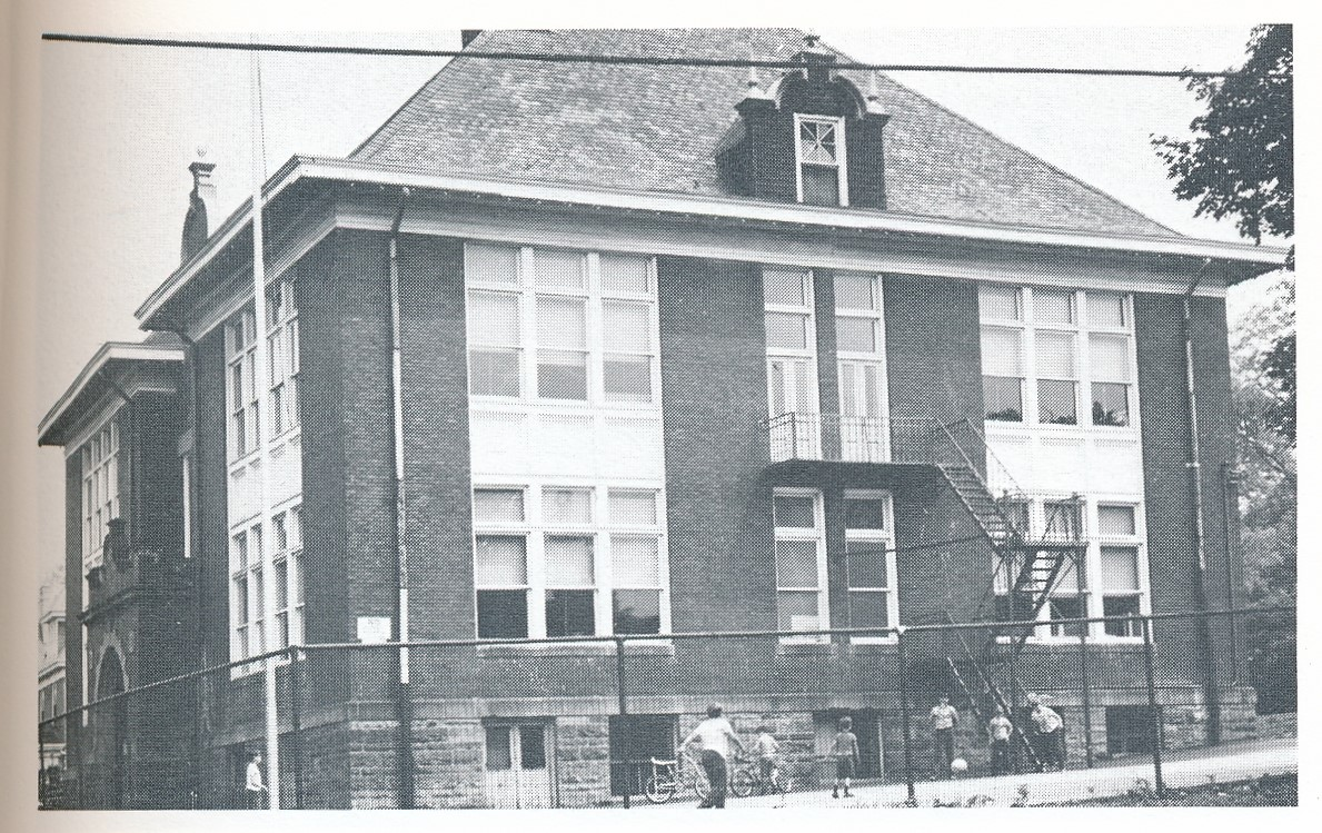 Lincoln School (2).jpg