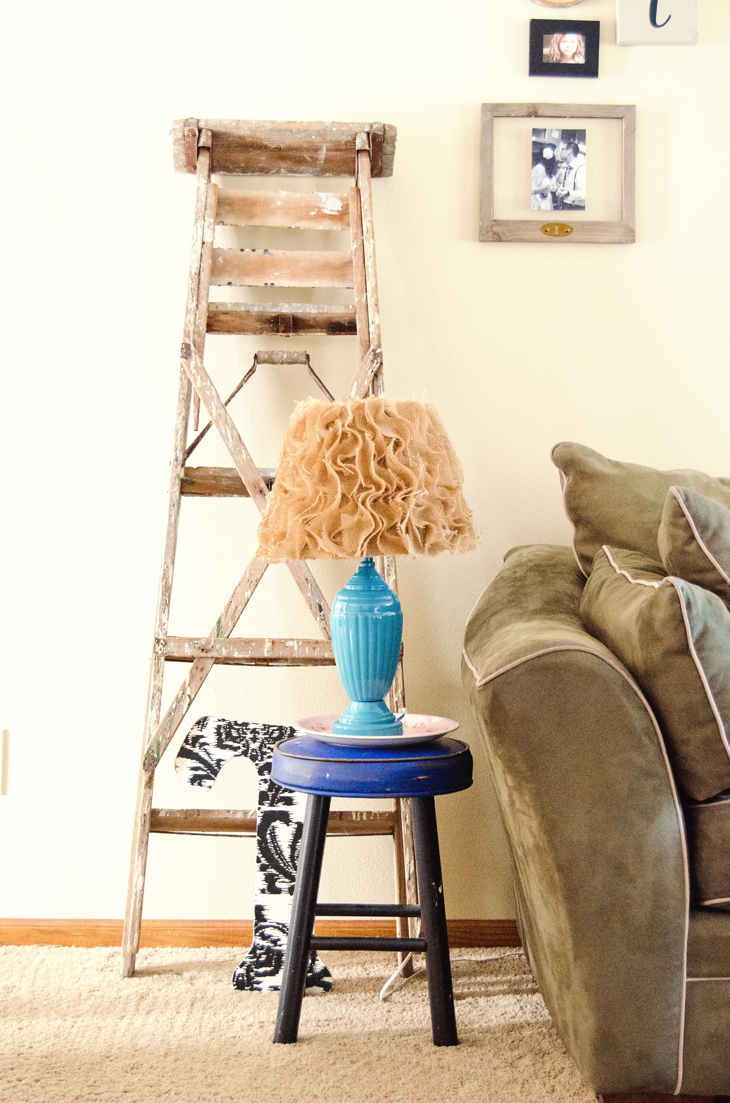 Vintage ladder as unique living room decor. | hprallandco.com