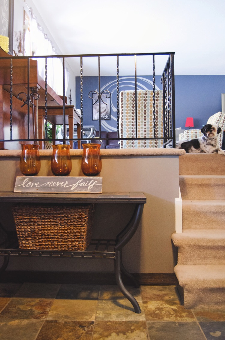 Top 5 Tricks To Decorate Your Home. || RustopiaConsulting.com