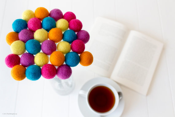 A bundle of colorful billy buttons | Credit: The Felting Dorcas | Blog post via: Rustopiaconsulting.com