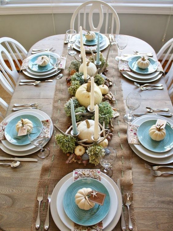 Thanksgiving Tablescape Round-Up | HPrallandCo.com