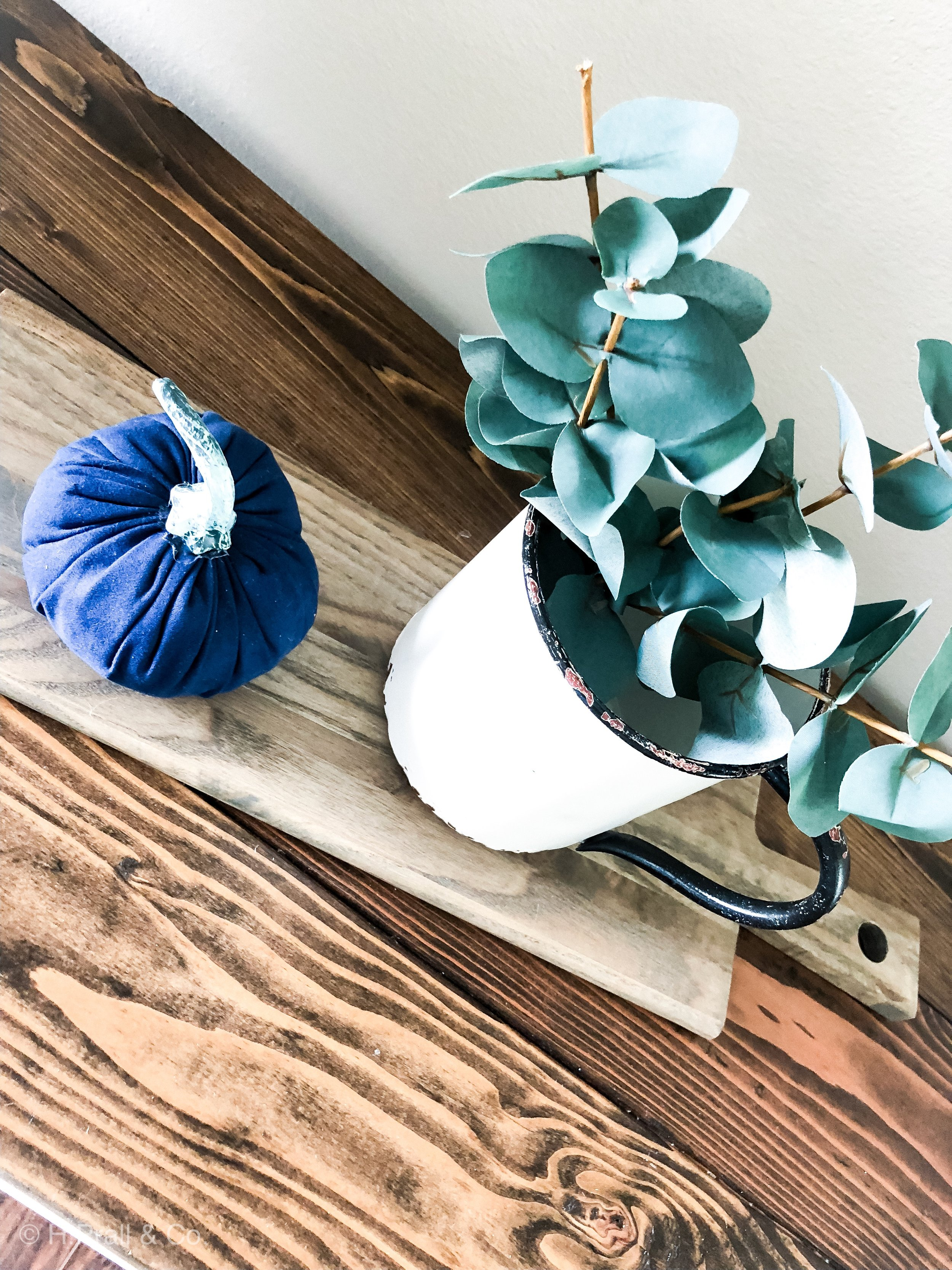 5 Tips to Decorate Your House—When You Don't Love to Decorate   hprallandco.com