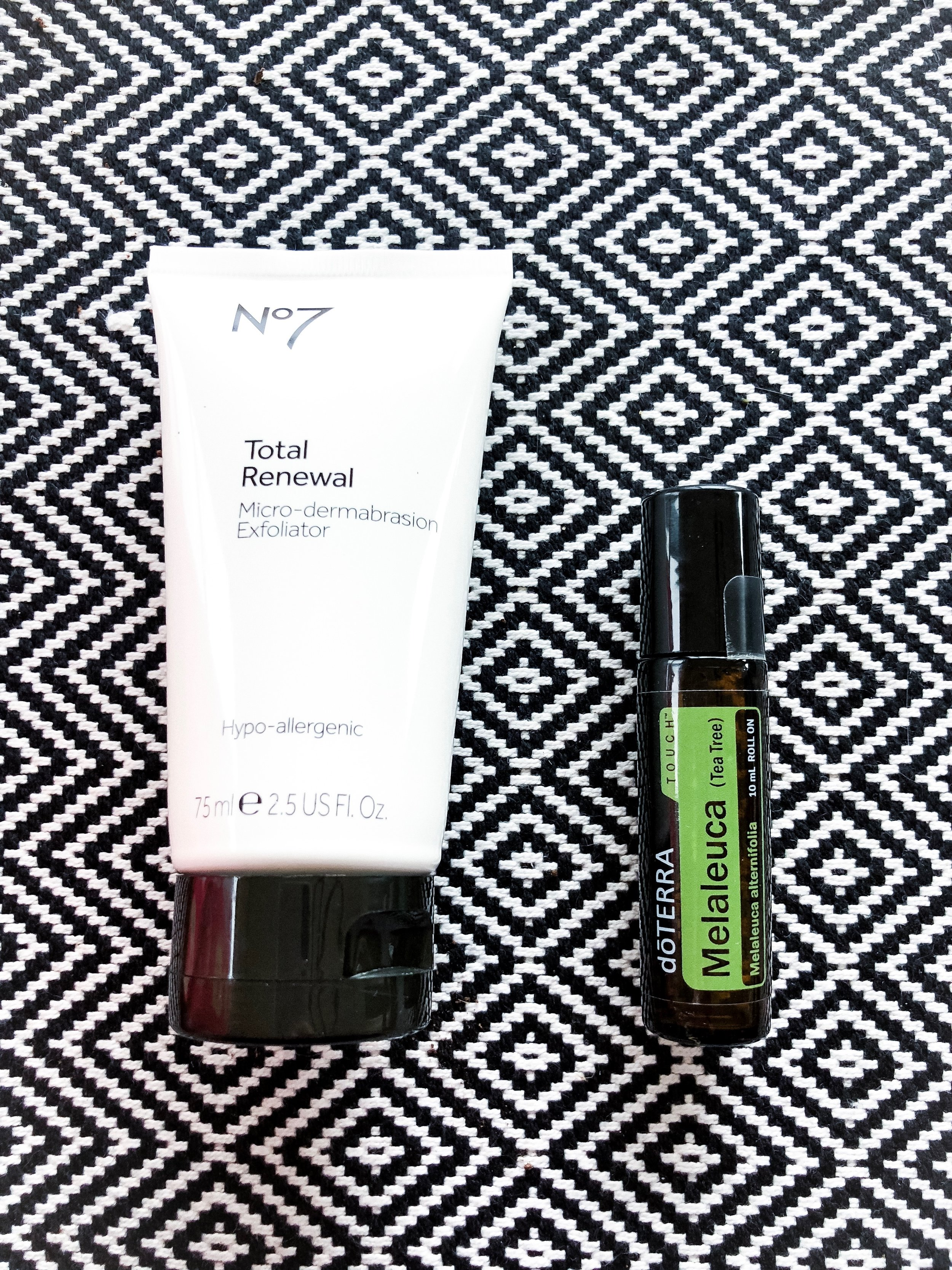 I'm sharing my 10-Minute Makeup Routine over at hprallandco.com!