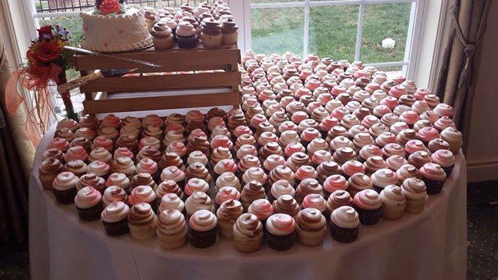 Cupcake Table.jpg