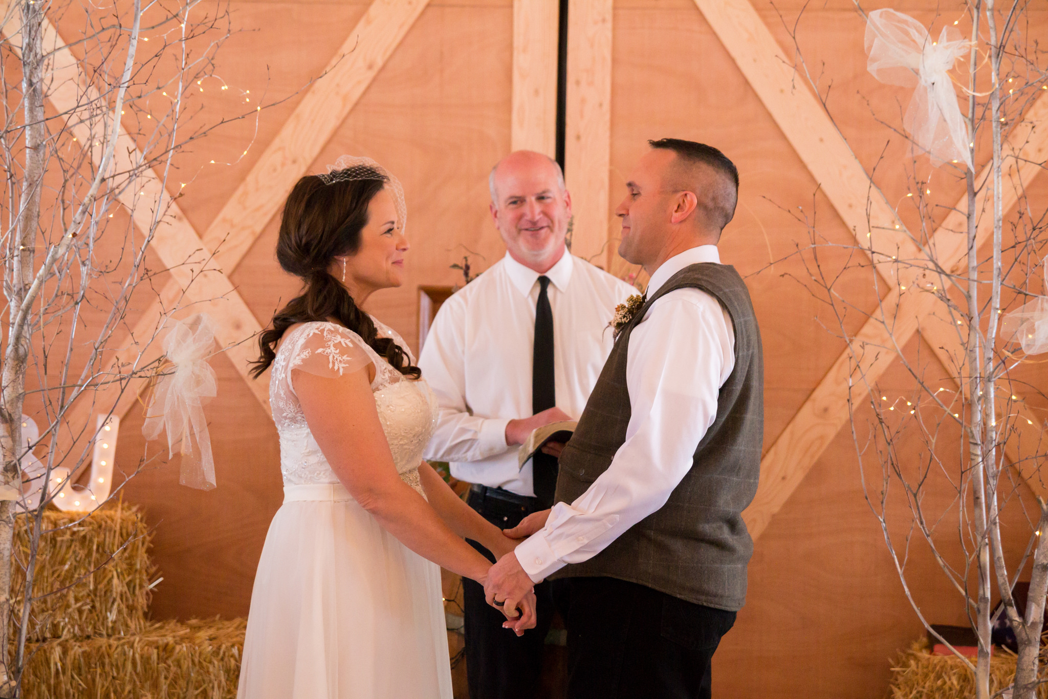Rugged Horizon Winter Wedding Smiles