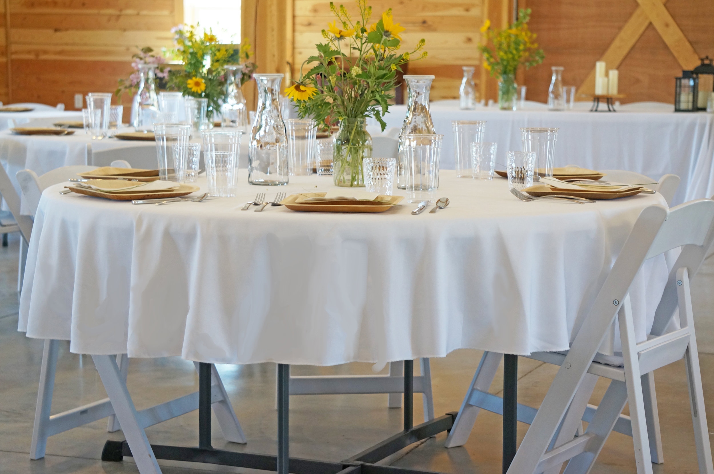 Mid-Length, Round Tablecloths