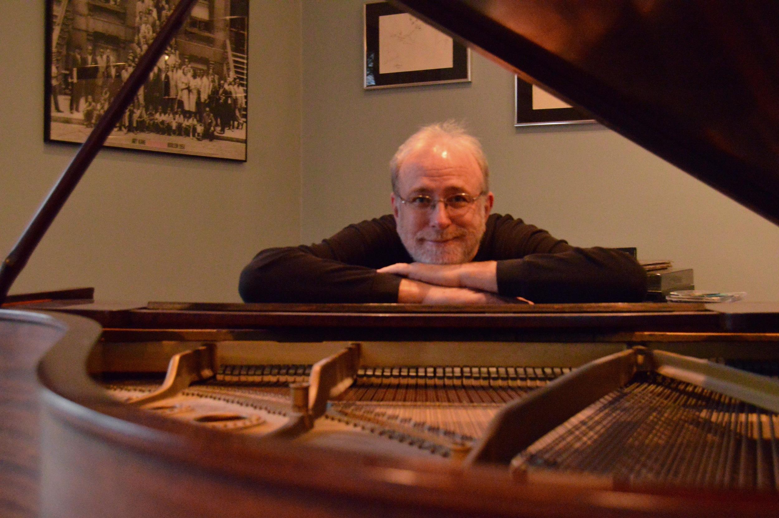 Bill O'Connell at piano