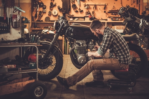 Your-contract-shop-Check-motorcycle