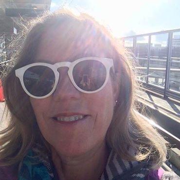 Day 1. Sunny Selfie in Seattle.