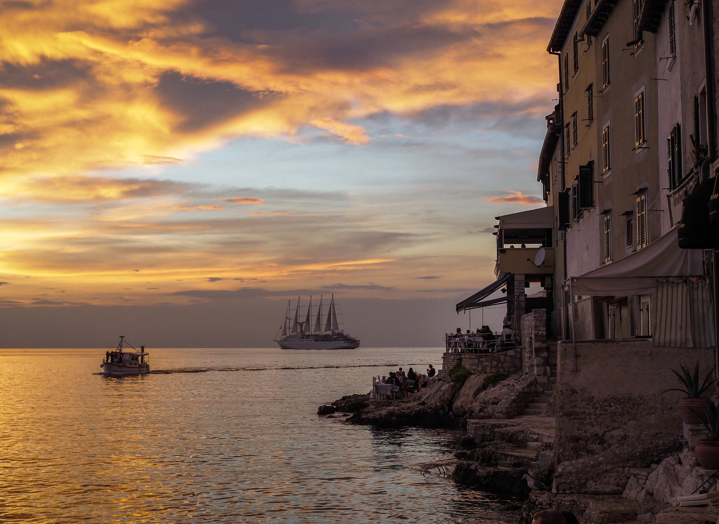 I became a travel photographer while enjoying cocktails at a bar in Rovinj, Croatia.