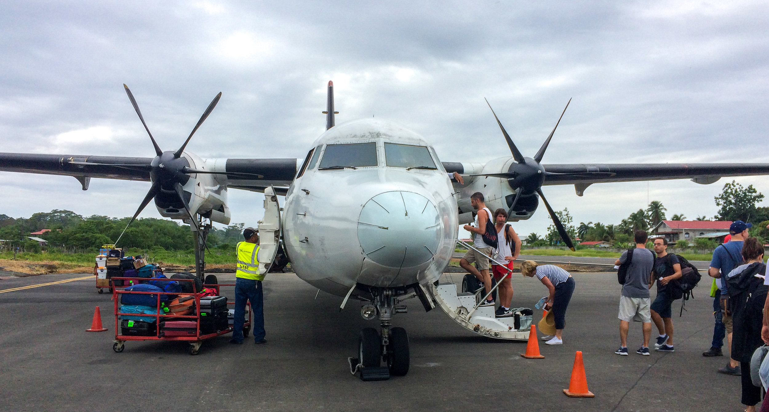 Now boarding on the tarmac, Panama Airlines, at the Bocas del Toro airport.