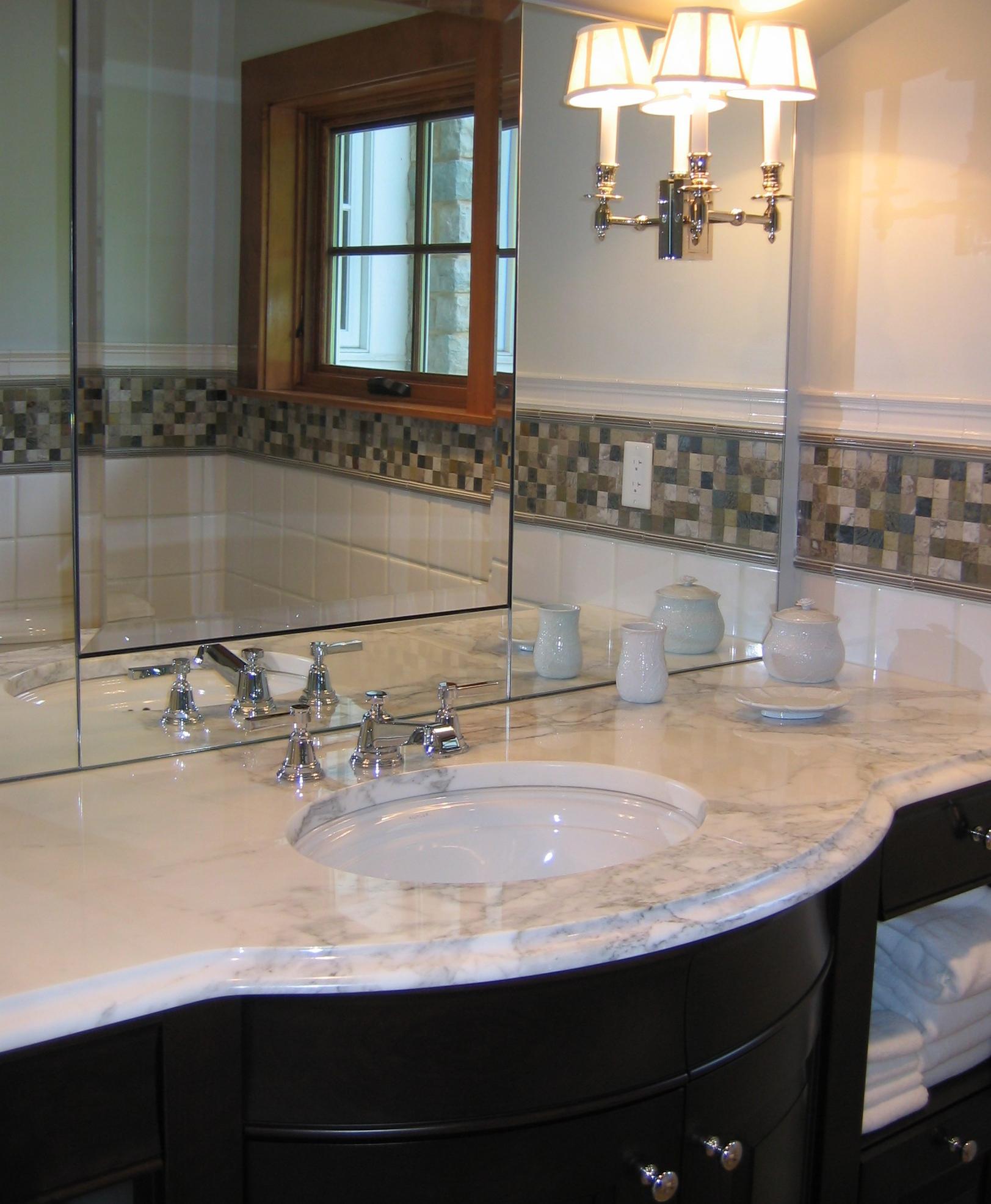 Shearer bathroom.jpg
