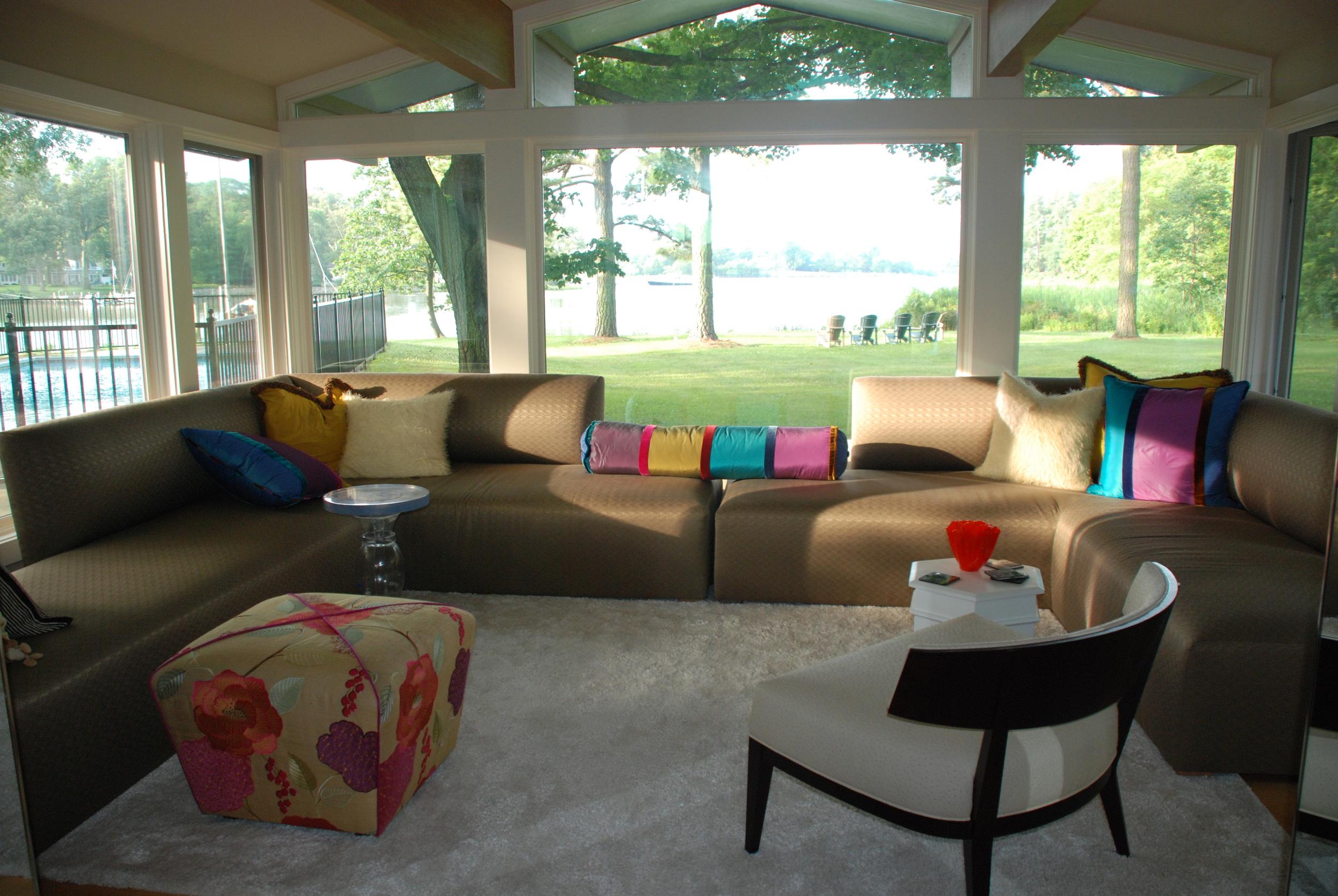 Ryan Living Room 5.JPG