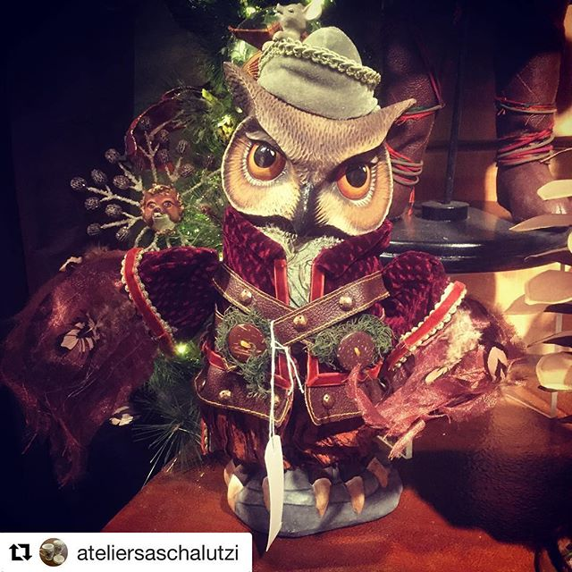 #Repost @ateliersaschalutzi checking out our owl from Into the Woods at Christmasworld ・・・ Thinking about Christmas in january! #katherinescollection #christmasworld #goodwill #owl #ateliersaschalutzi