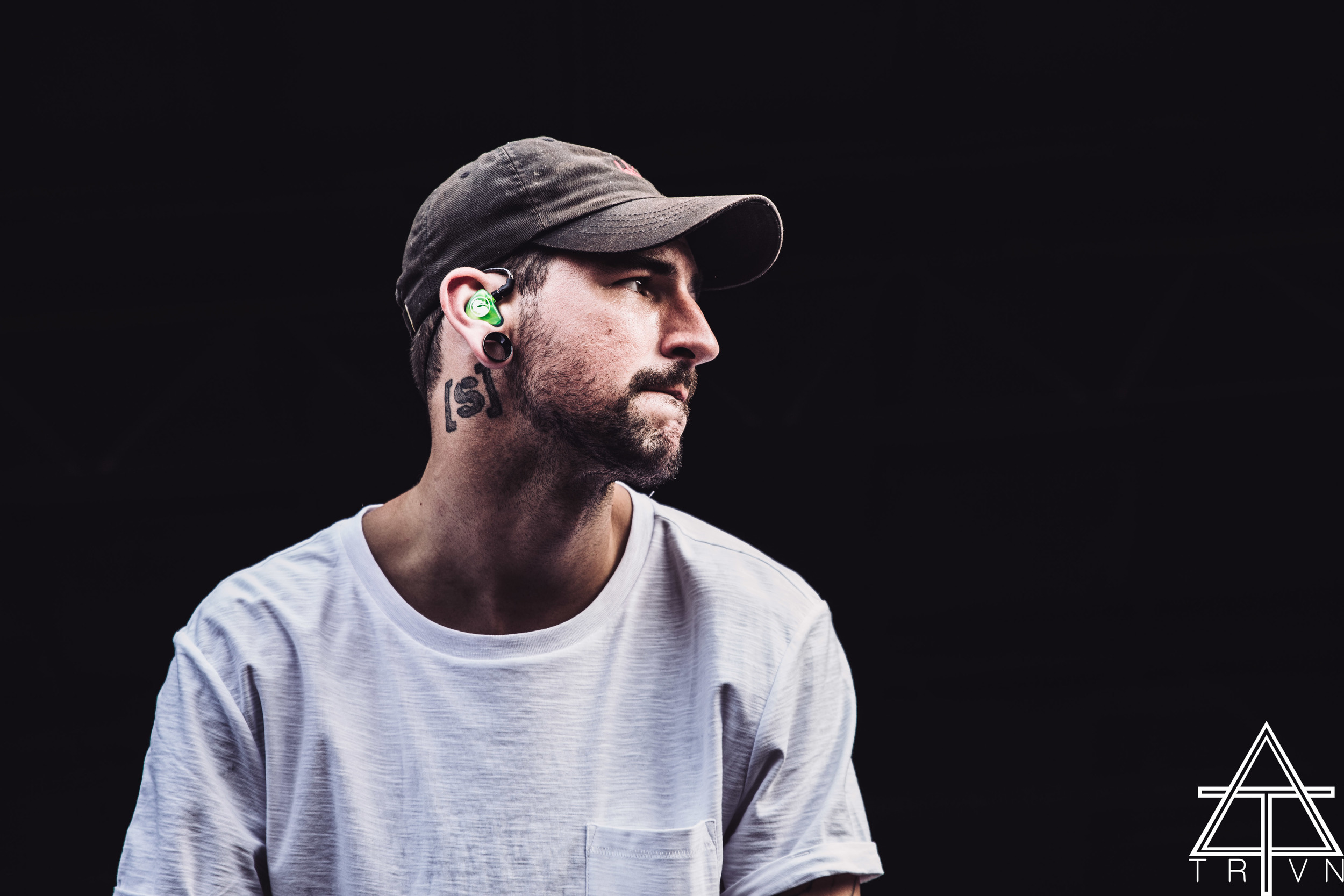 Michael Bohn of Issues