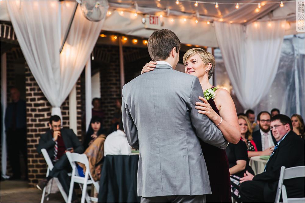 oaks-at-salem-apex-nc-wedding-photographer-38.jpg