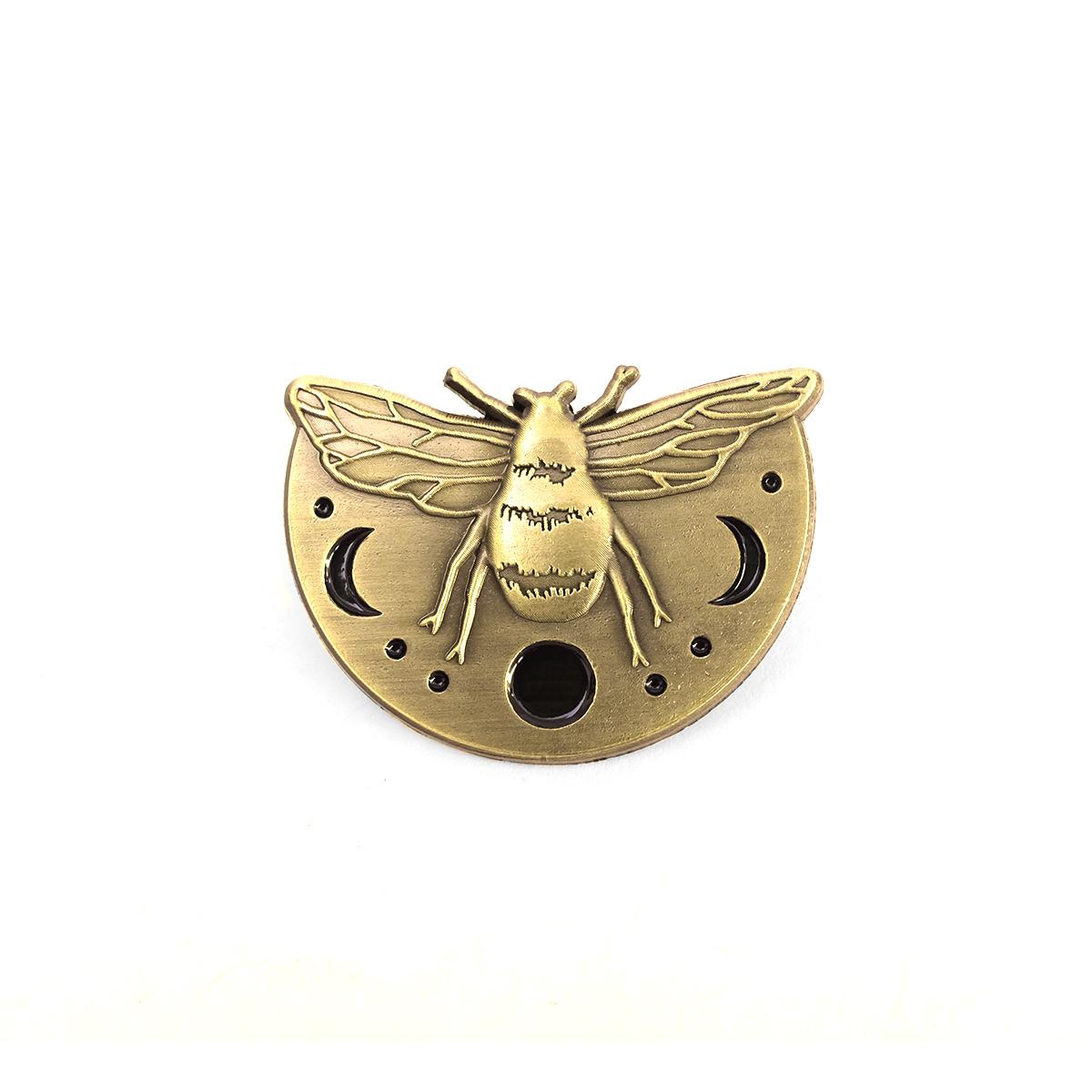 """LLS071 : Lunar Bee 3D Die-cast brass 1.2"""" x 1"""" $5"""