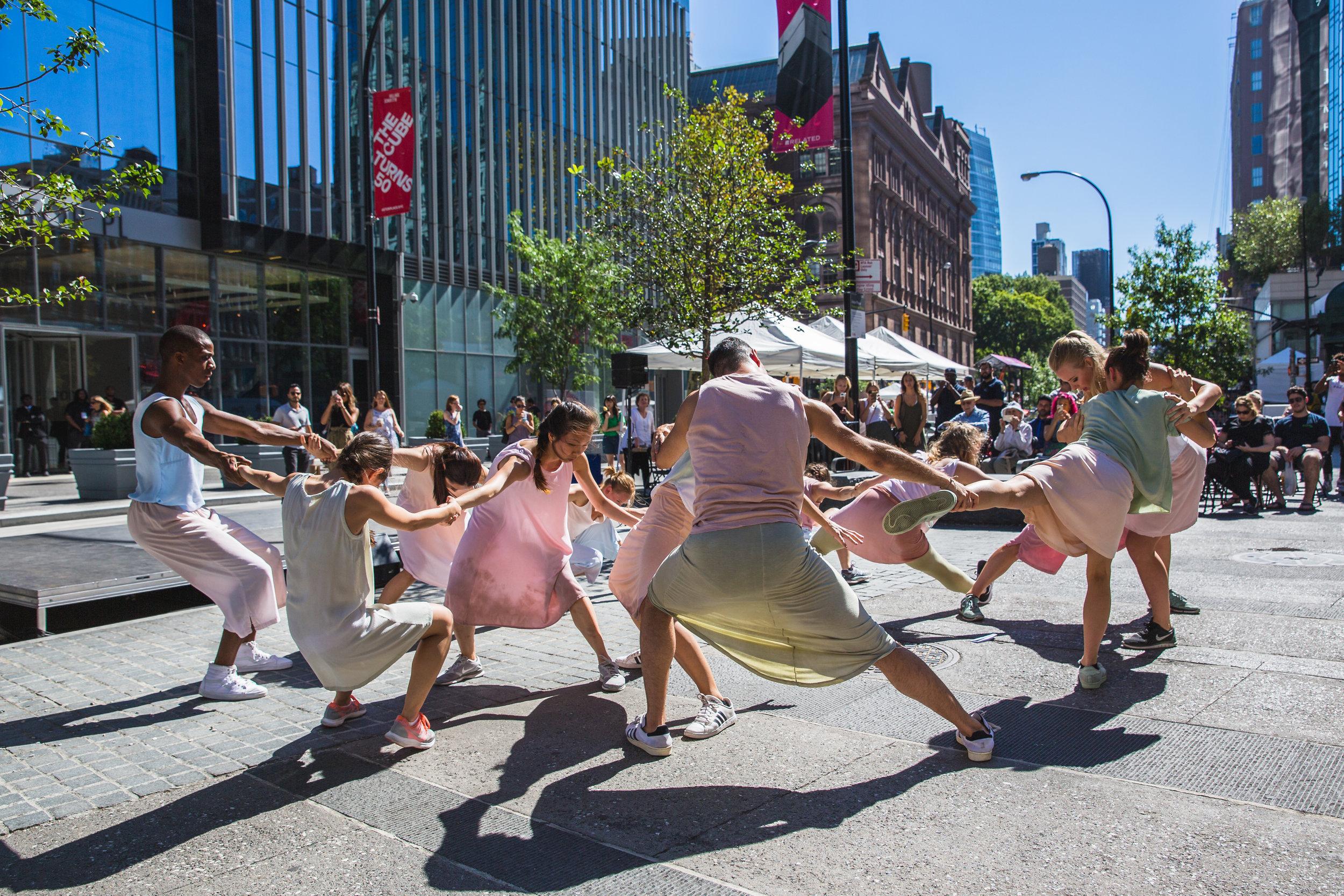 Ori Flomin Dance at Astor Alive. Photo: Davdi Gonsier.