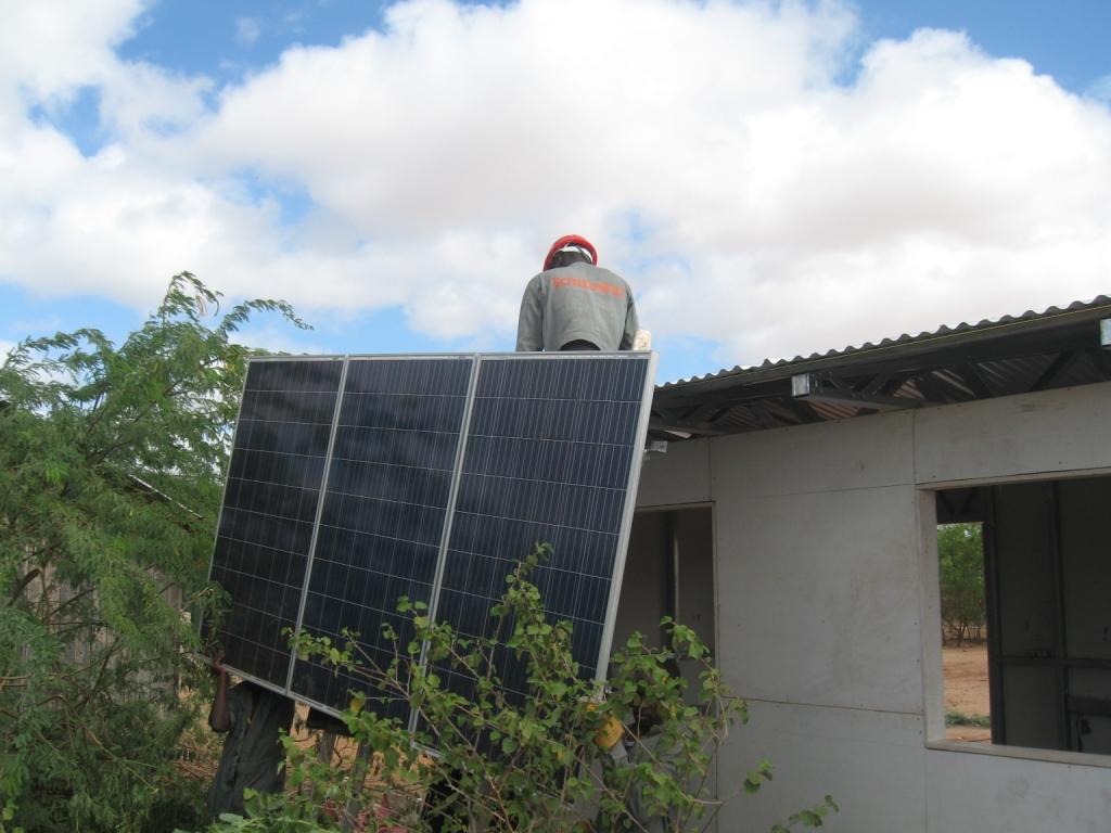 Solar Installation Dadaab - a Classroom in 48 hours.JPG