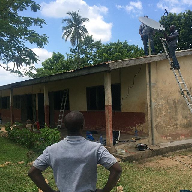 Let the installation begin! One down, 39 to go for upcoming #varkeyfoundation #teachertraining #schools in rural #ghana  #aleutia #solarpc #edtech