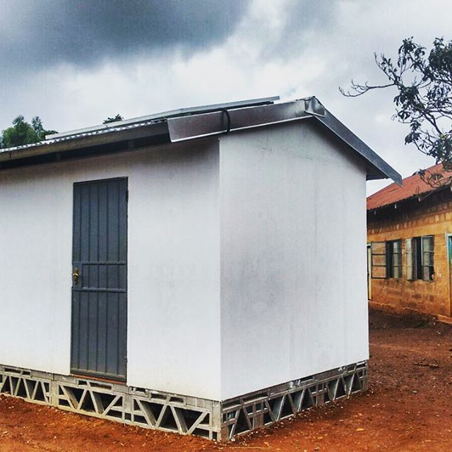 Our $20,000 Solar Classroom in Kiambu county Kenya, the 3rd of 47 we are rolling out  for #safaricom entirely manufactured in #nairobi with just two #solar panels on roof