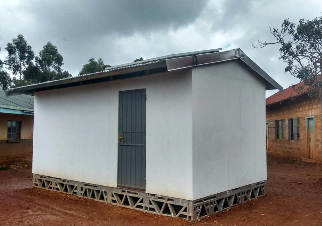 Kiambu Container Classroom photo Mike Rosenberg.JPG