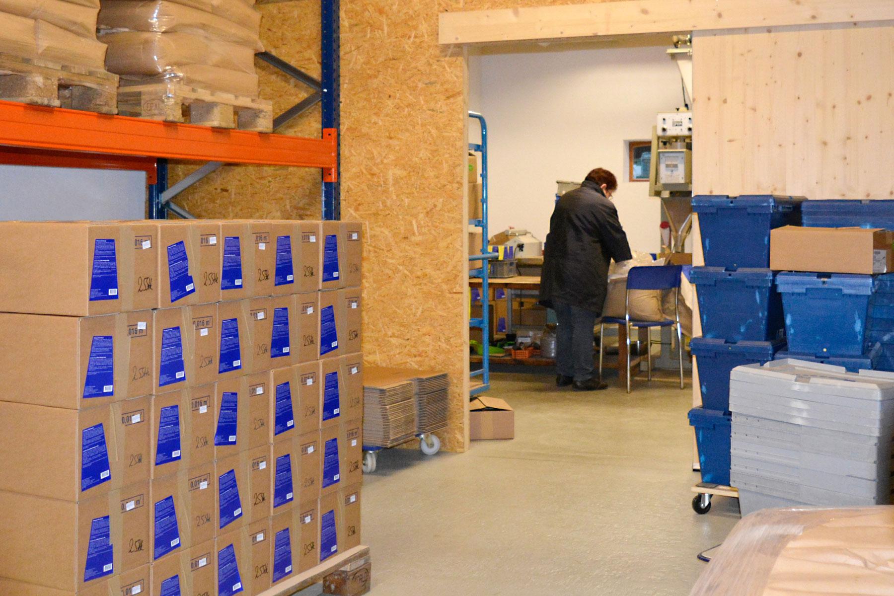 Sonnenkorn-Naturprodukte-Produktion-Schweissacker02.jpg
