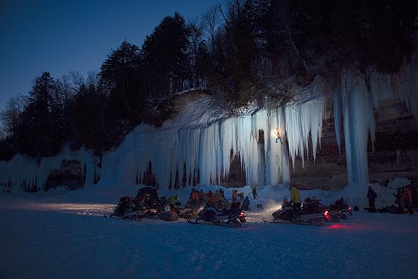 national-parks-climbing-night-crew.jpg