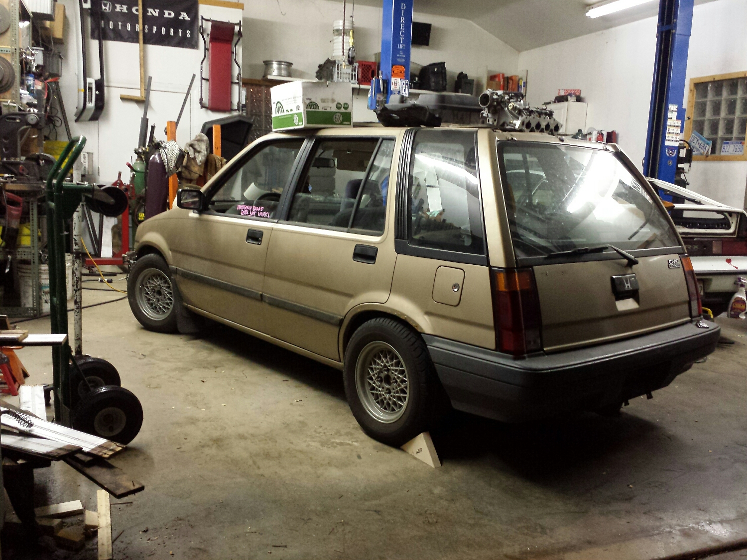 It might not look like much, but it has a modern Accord engine mated to a B18 transmission under the hood.