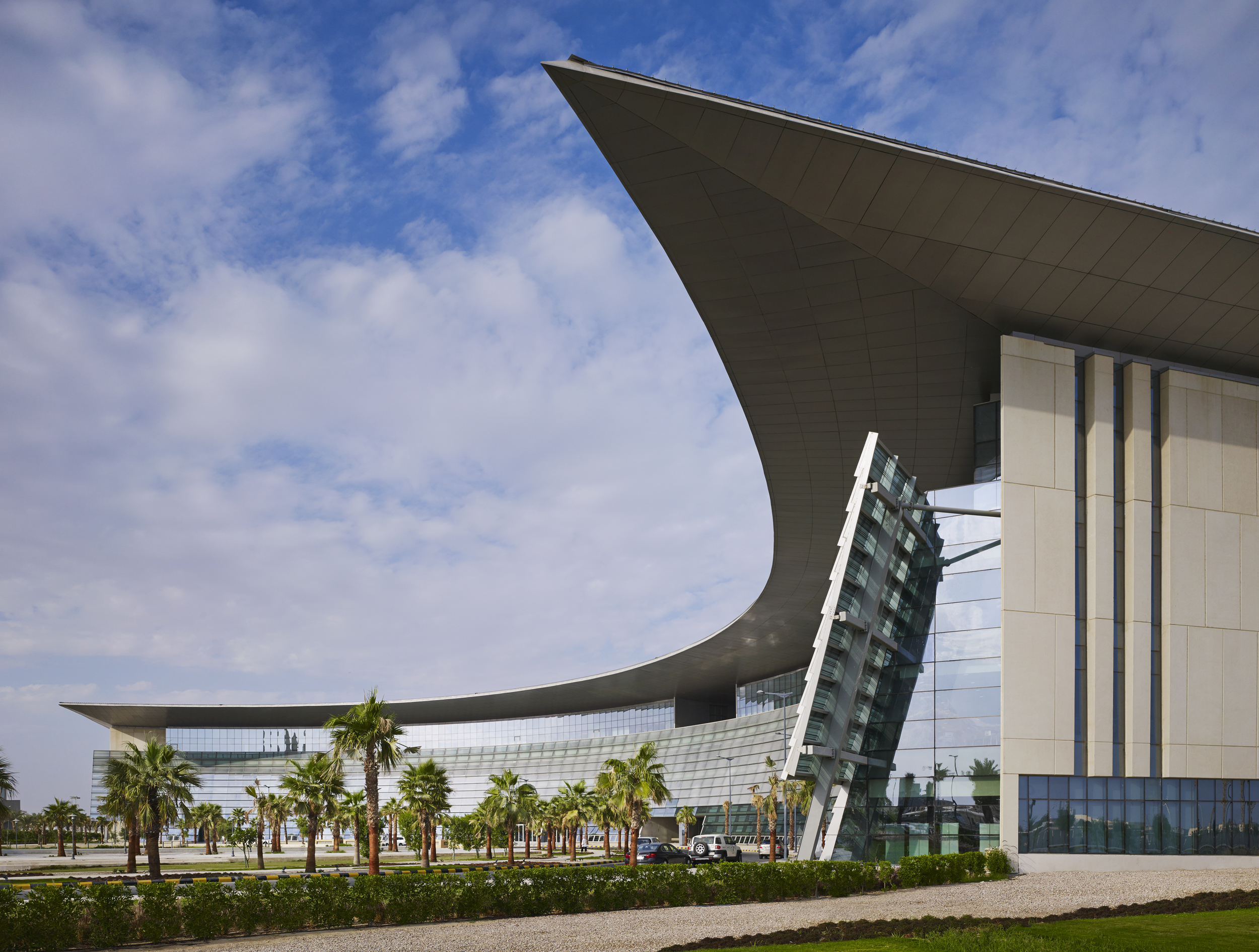 KSAU Al Ahsa Campus  Perkins+Will with Dar Al Handasah (Shair and Partners)  Al Ahsa, Saudi Arabia     Return to Projects