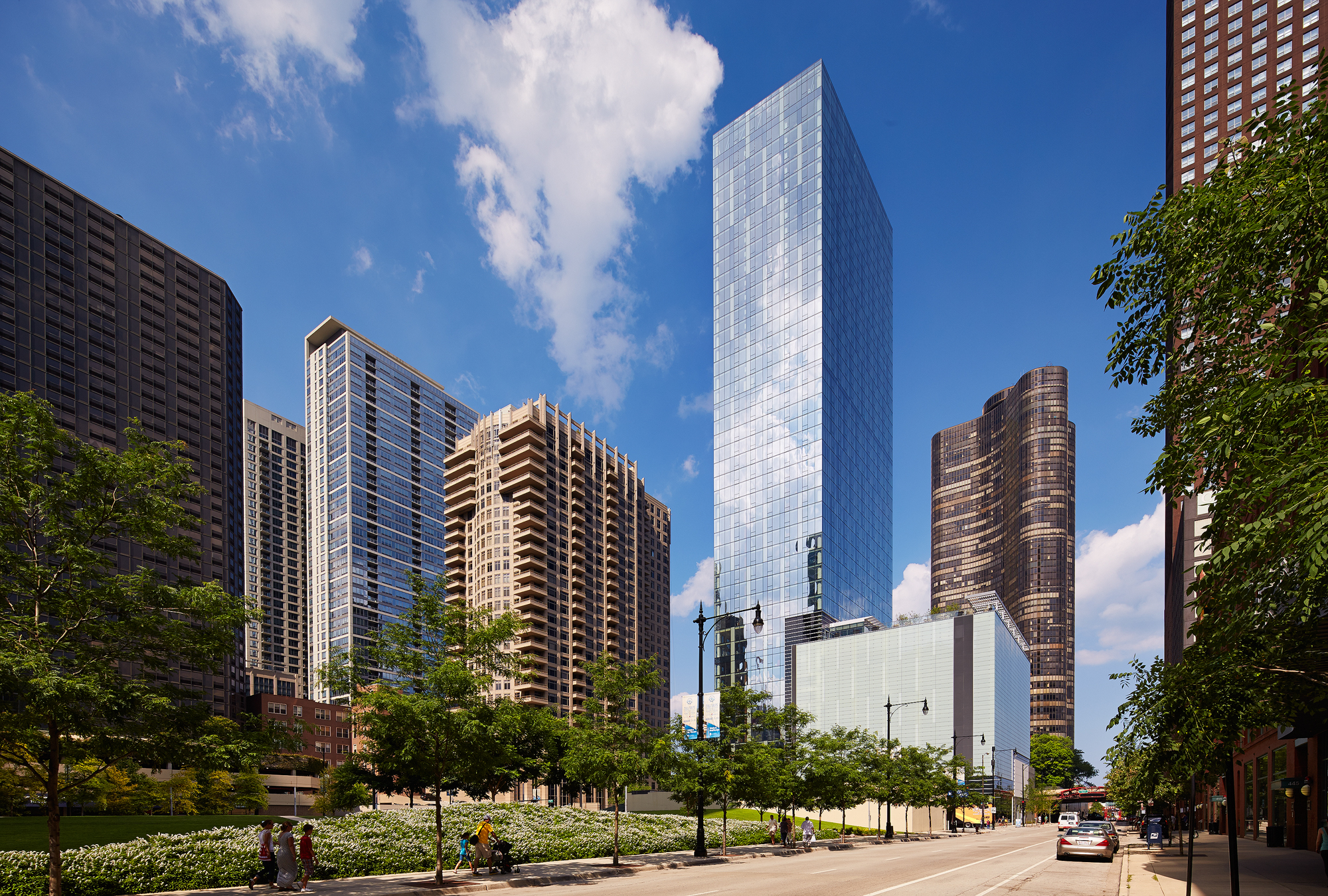 500 Lake Shore Drive  SCB  Chicago, IL     Return to Projects
