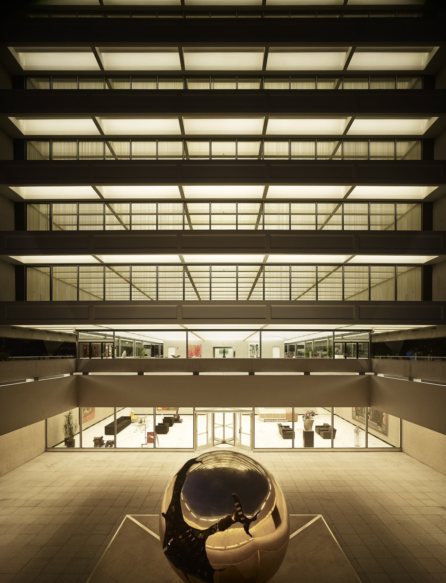 AEG Building  Gordon Bunshaft, SOM  Renovation Architect: BNIM  Des Moines, IA     View Full Project