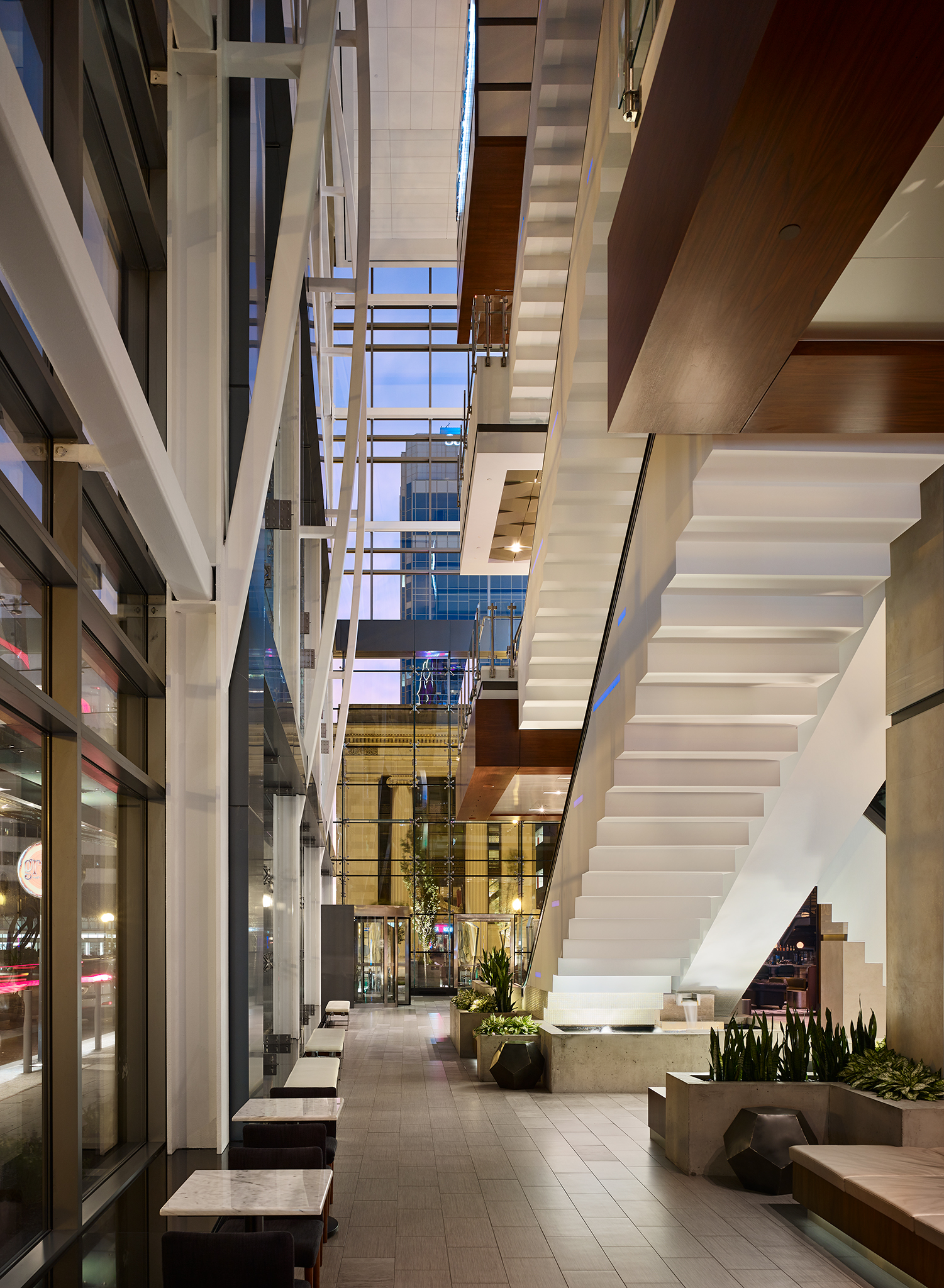 The Main, Hilton Hotel  Cooper Carry Architects  Norfolk, Virginia      Return to Projects