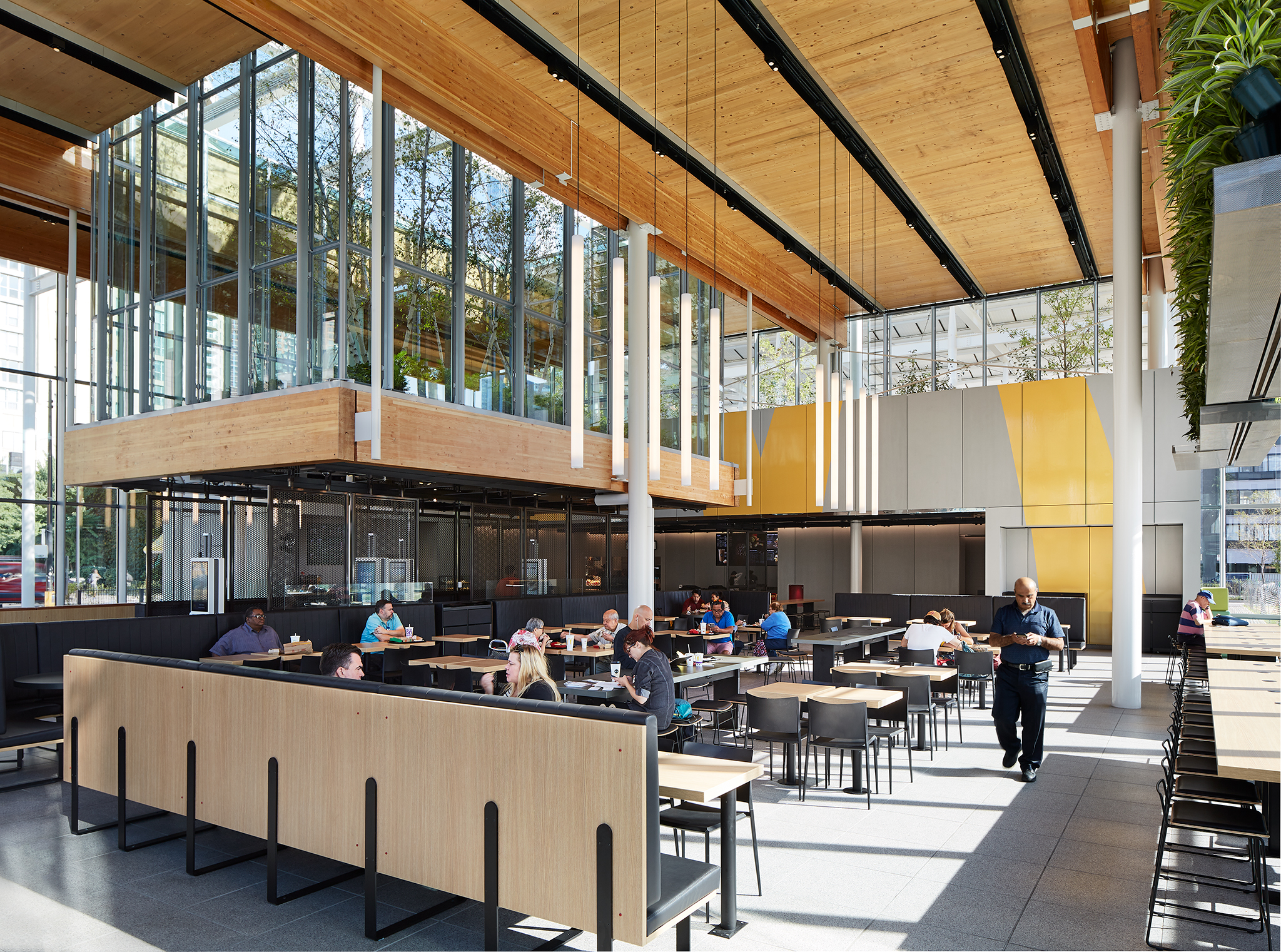 McDonald's Chicago Flagship  Ross Barney Architects  Chicago, IL     Return to Projects