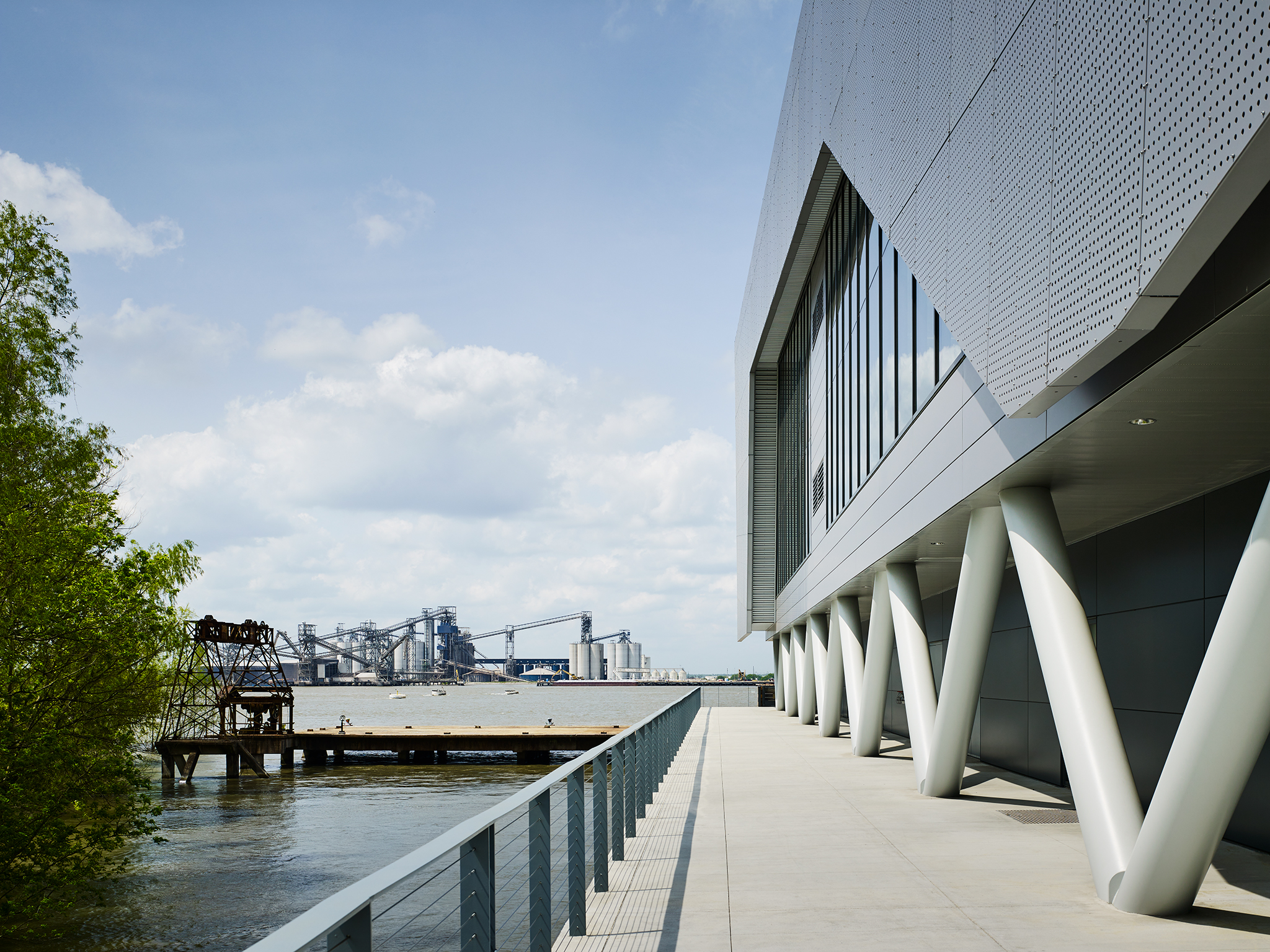 The Center for Costal and Deltaic Solutions  Perkins + Will  Baton Rouge, LA     Return to Projects