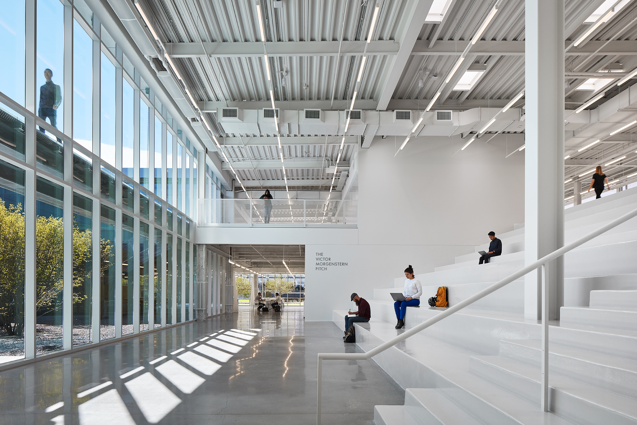 "PUBLICATIONS   Architectural Record , ""Ed Kaplan Family Institute for Innovation and Tech Entrepreneurship by John Ronan Architects""      IIT Innovation Center  John Ronan Architects  Chicago, IL   View Full Project    Steve Hall"