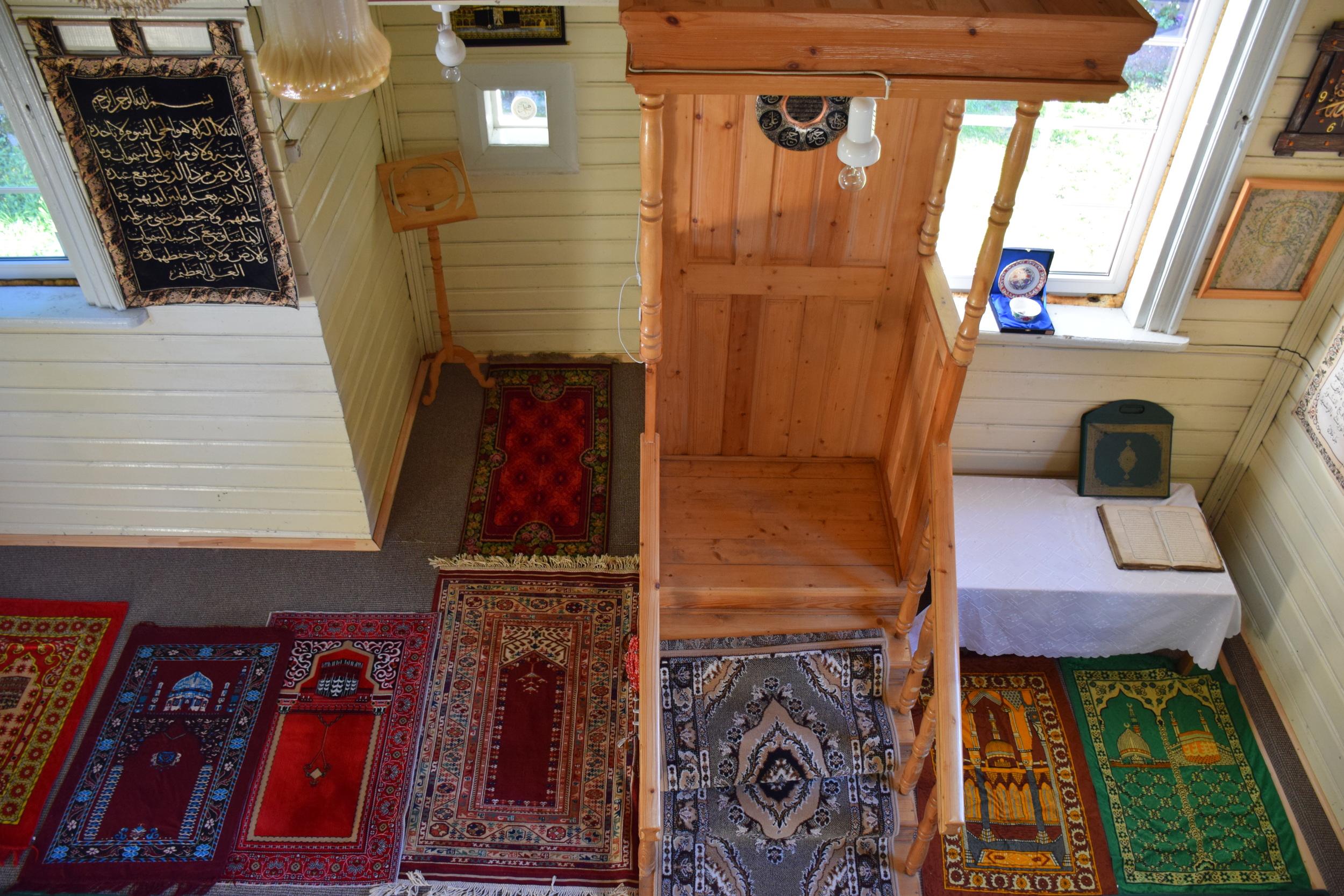 Tharik Hussain: Inside Mosque