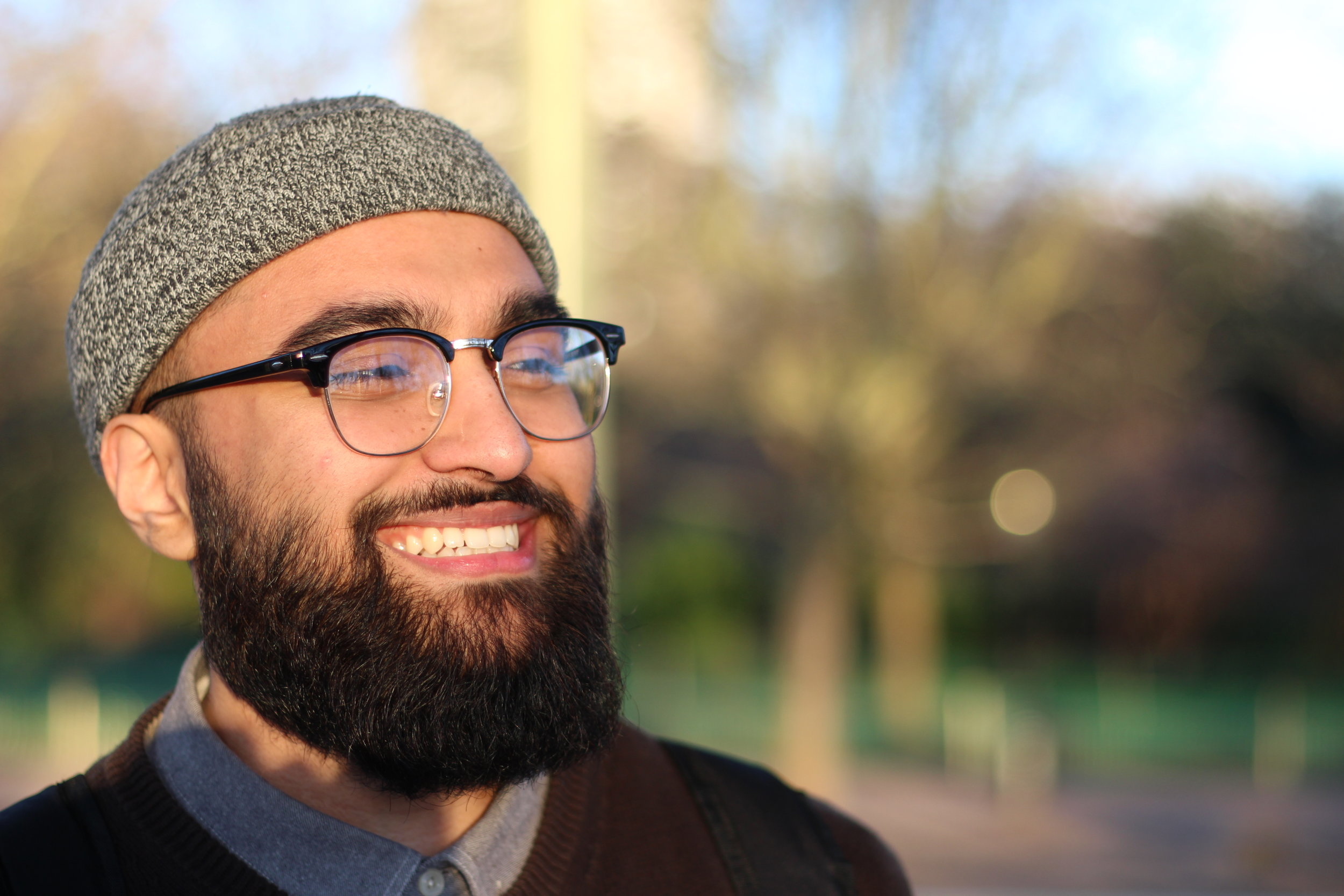 Eissa Dar   Eissa completed his Masters at the University of London in 2019 specialising in Islamic Law. His interests include Arabic and the Islamic sciences. Eissa is an avid follower of anything pop culture and spends his spare time writing.  For Bahath he acts as the managing editor and writer.