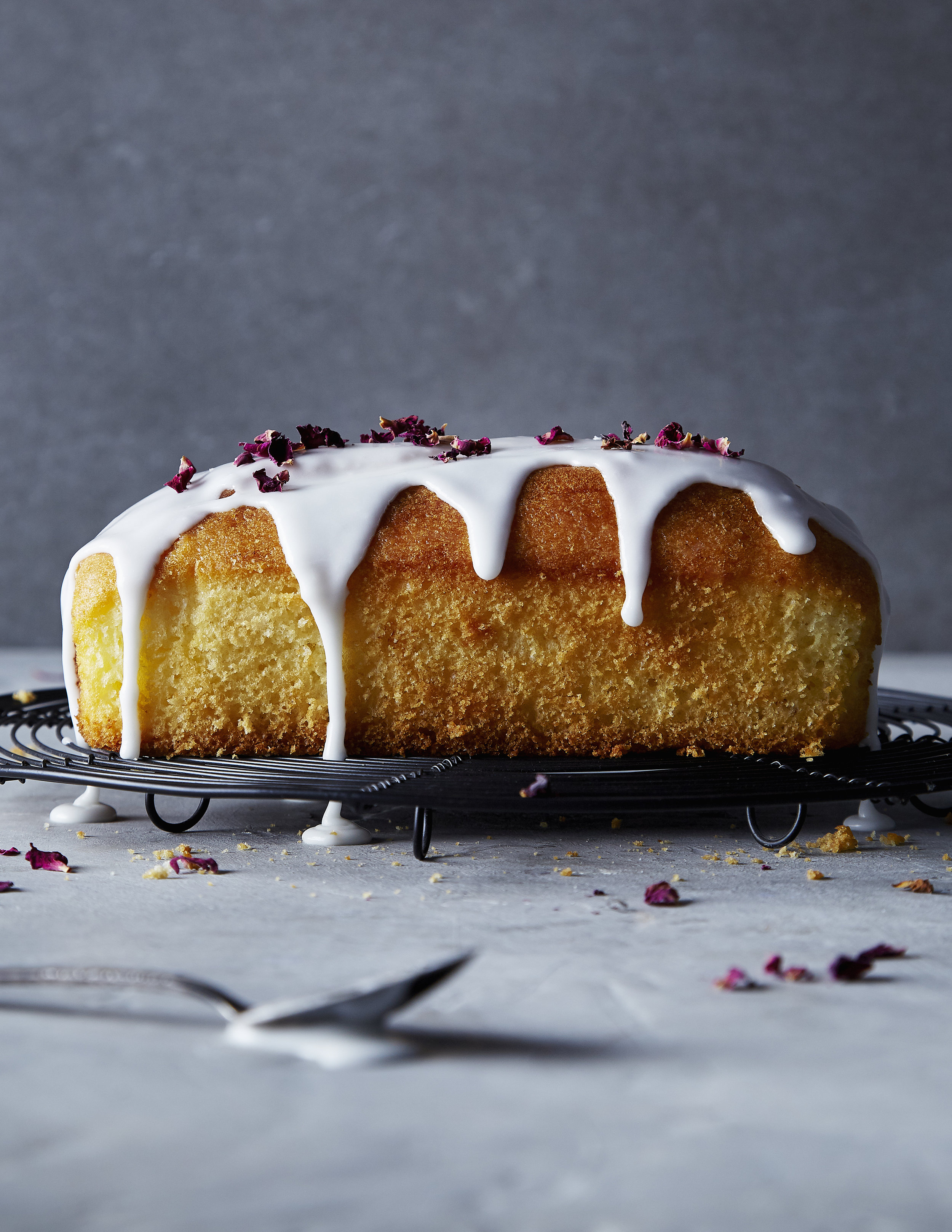 CakeWithVanillaIcing&RosePetals_2.jpg