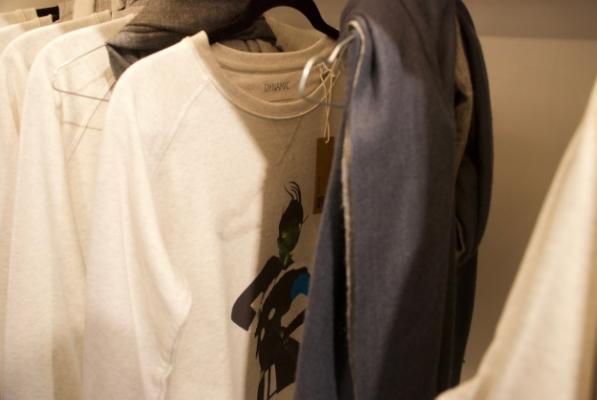 Sweaters van Roeli van Vliet en shawls van by Christina