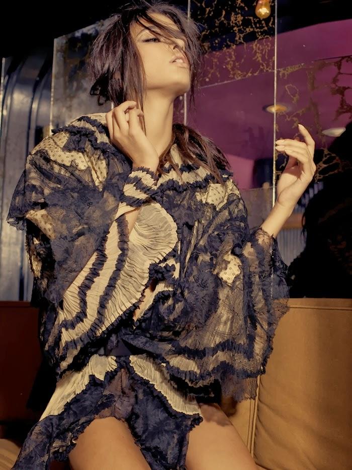 Daniela Braga for Flatt Magazine Fall 2013-002.jpg