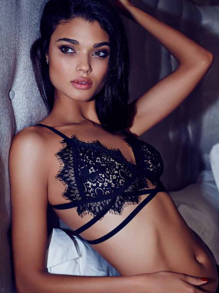 FREE PEOPLE LINGERIE CAMPAIGN   CLICK TO VIEW GALLERY