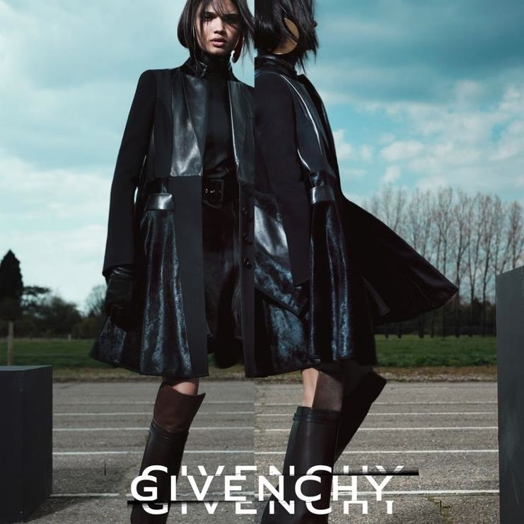 GIVENCHY CAMPAIGN   CLICK TO VIEW GALLERY