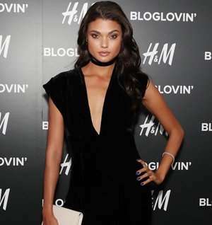 2016 BLOG LOVING' AWARDS   (CLICK TO VIEW GALLERY)